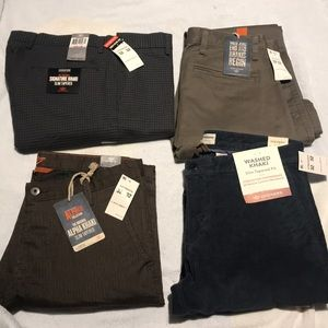 Set of 4 NEW Dockers Khaki Size 32x32